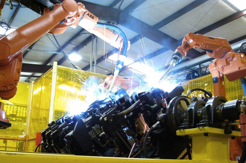 """Produzione industriale, le ragioni del calo """"positivo"""" per l'Italia"""