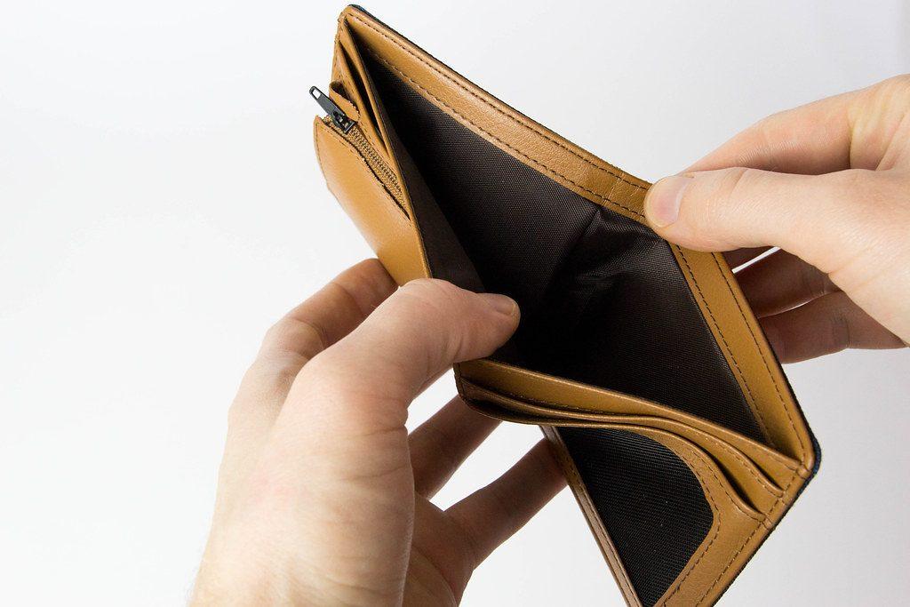 Vivere con 800 euro al mese: come risparmiare e come si fa