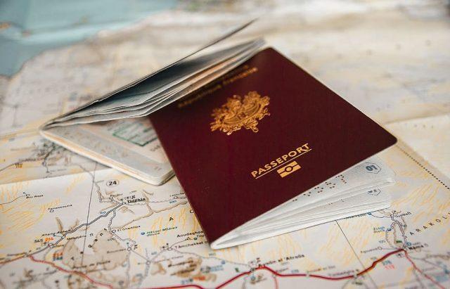 Cambio residenza passaporto